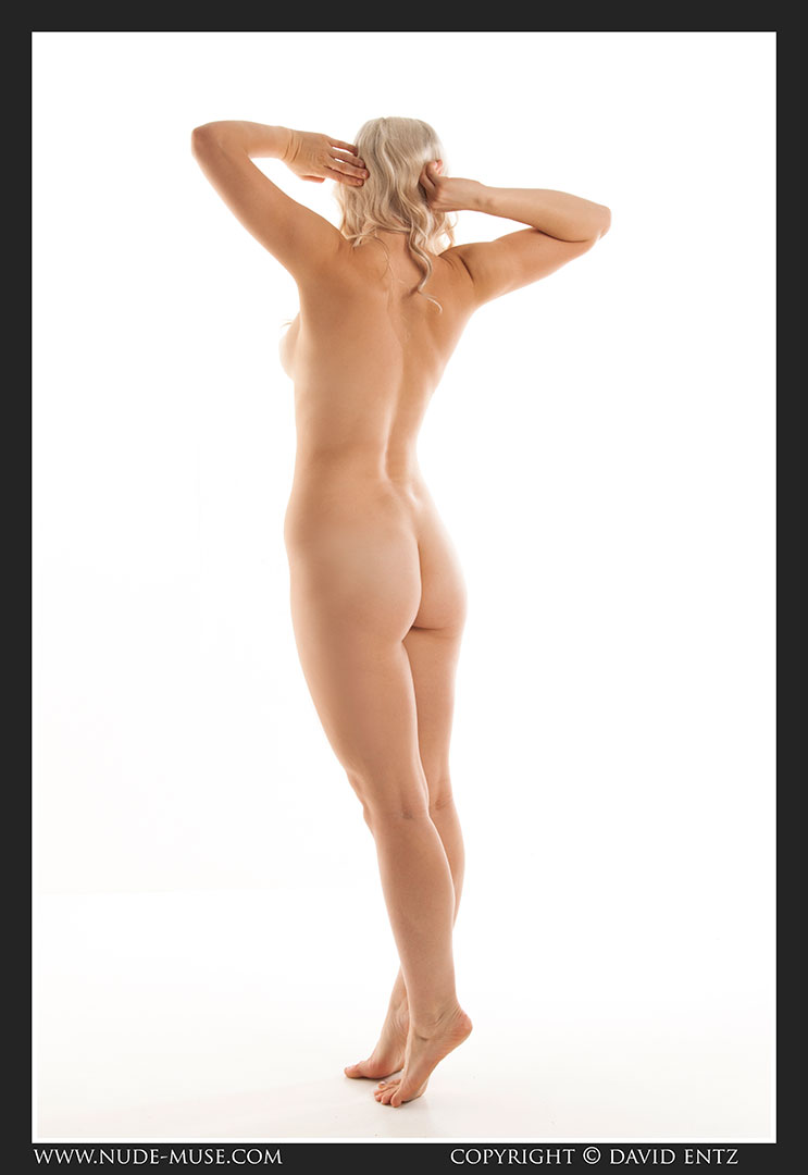 nude-muse_charlie-v_nude_symmetry018