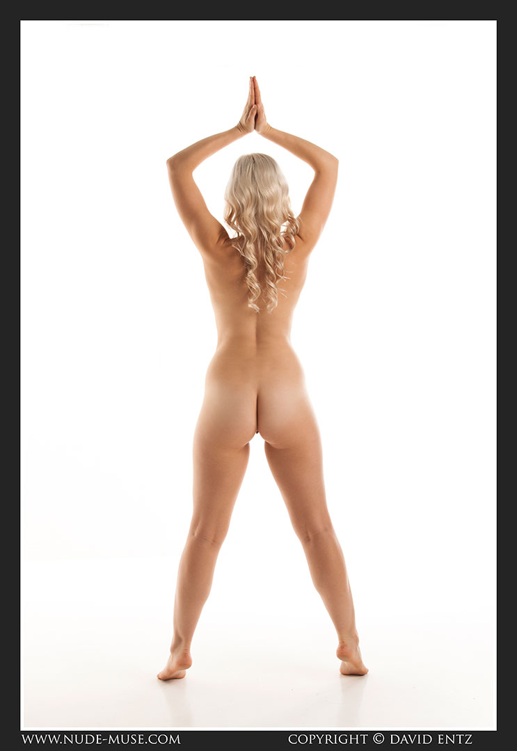 nude-muse_charlie-v_nude_symmetry022