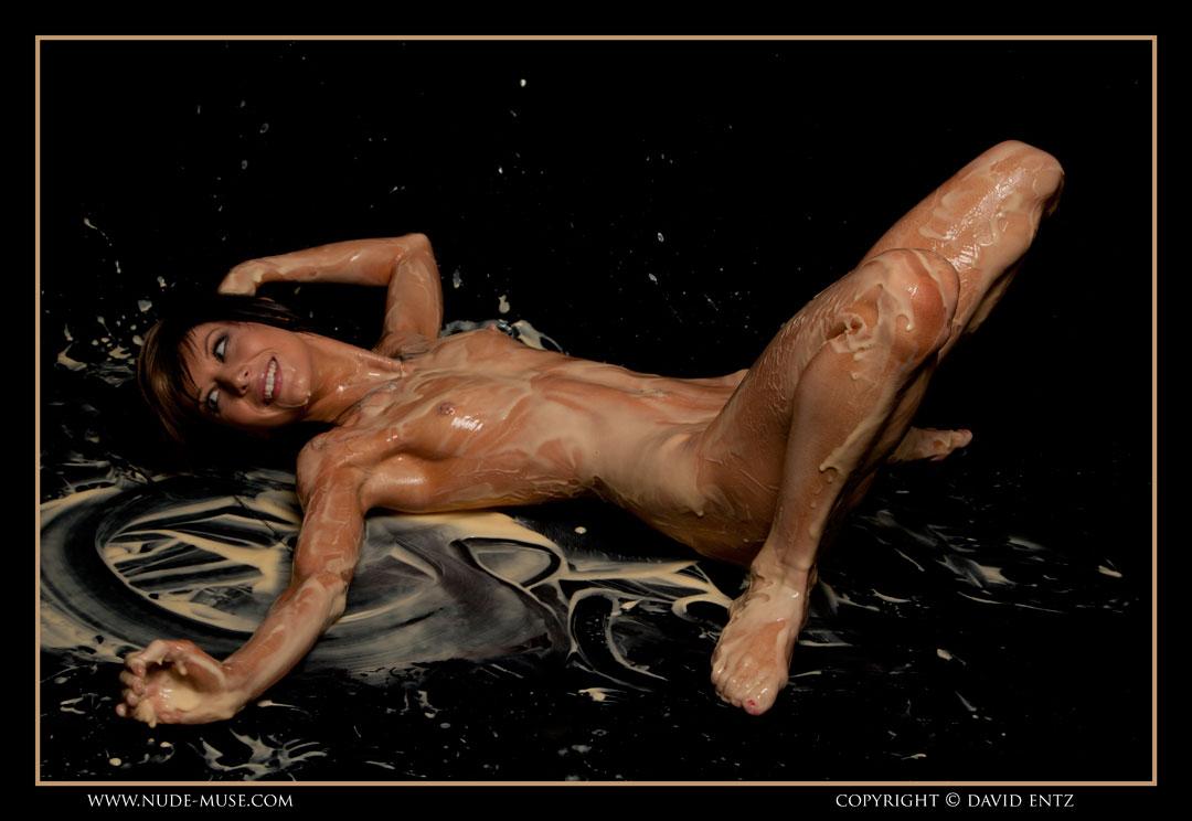 nude-muse_danii_ashley_custard082