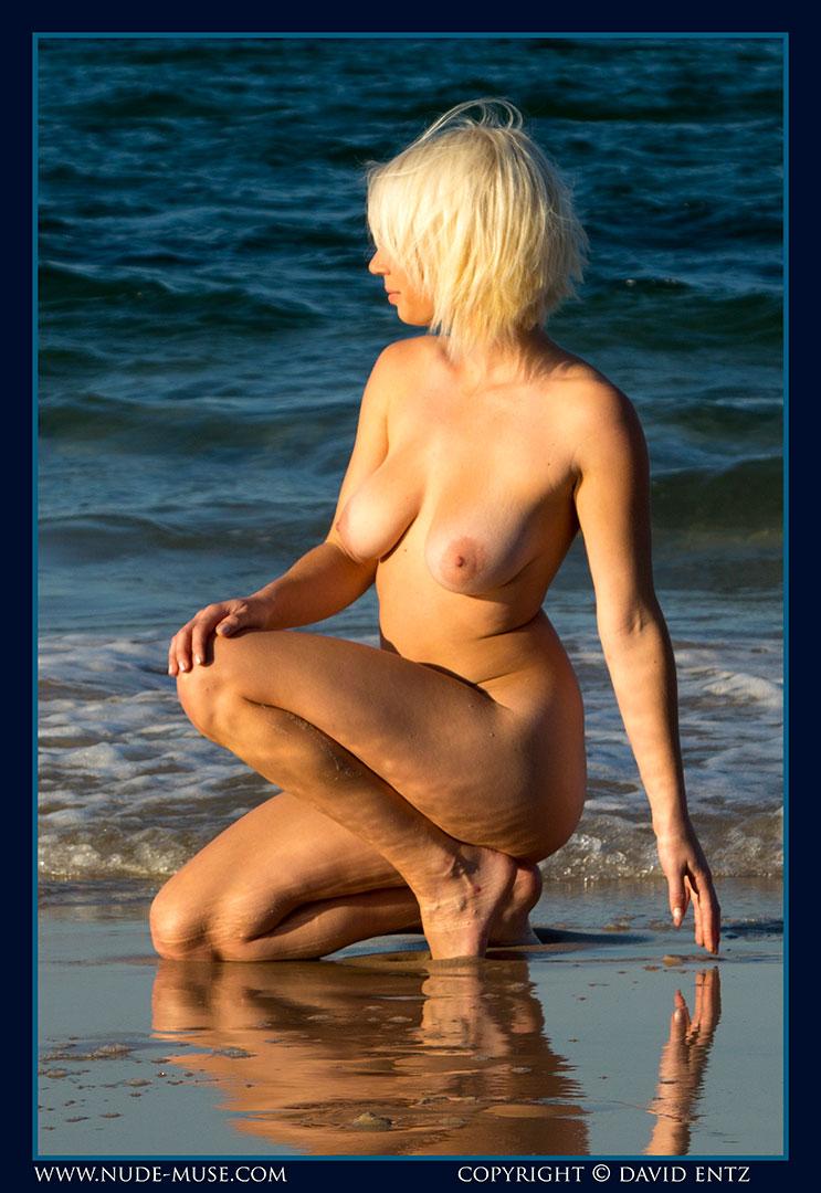 nude-muse_winter_seaside088