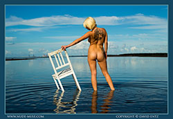 nude-muse_winter_solitary_figure_vid_thm