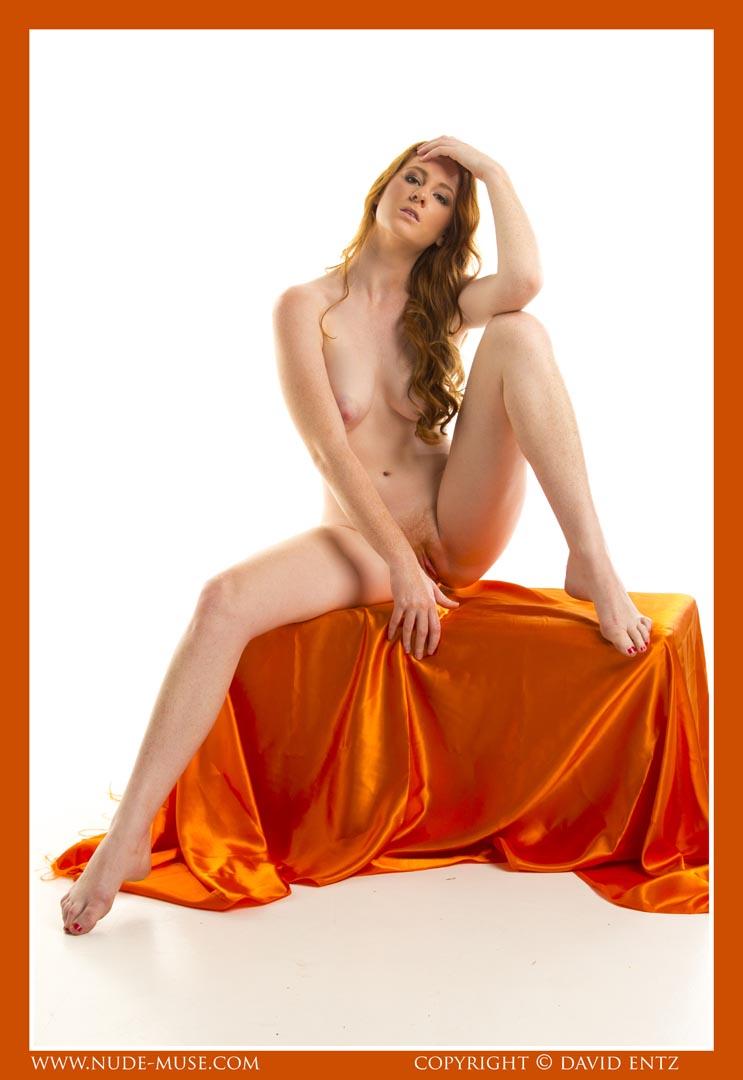 nude-muse_aeries_orange_satin044