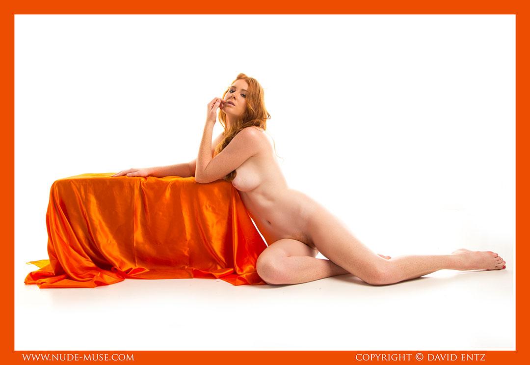 nude-muse_aeries_orange_satin058