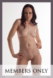 nude-muse_anne_only_the_nude022m