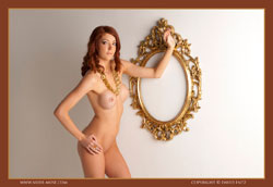 nude-muse_ashly-bell_golden_muse_vid_thm