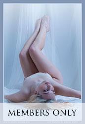 nude-muse_shelbyerin_blue047m
