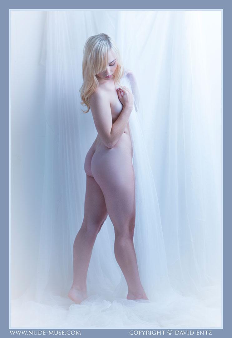 nude-muse_shelbyerin_blue064