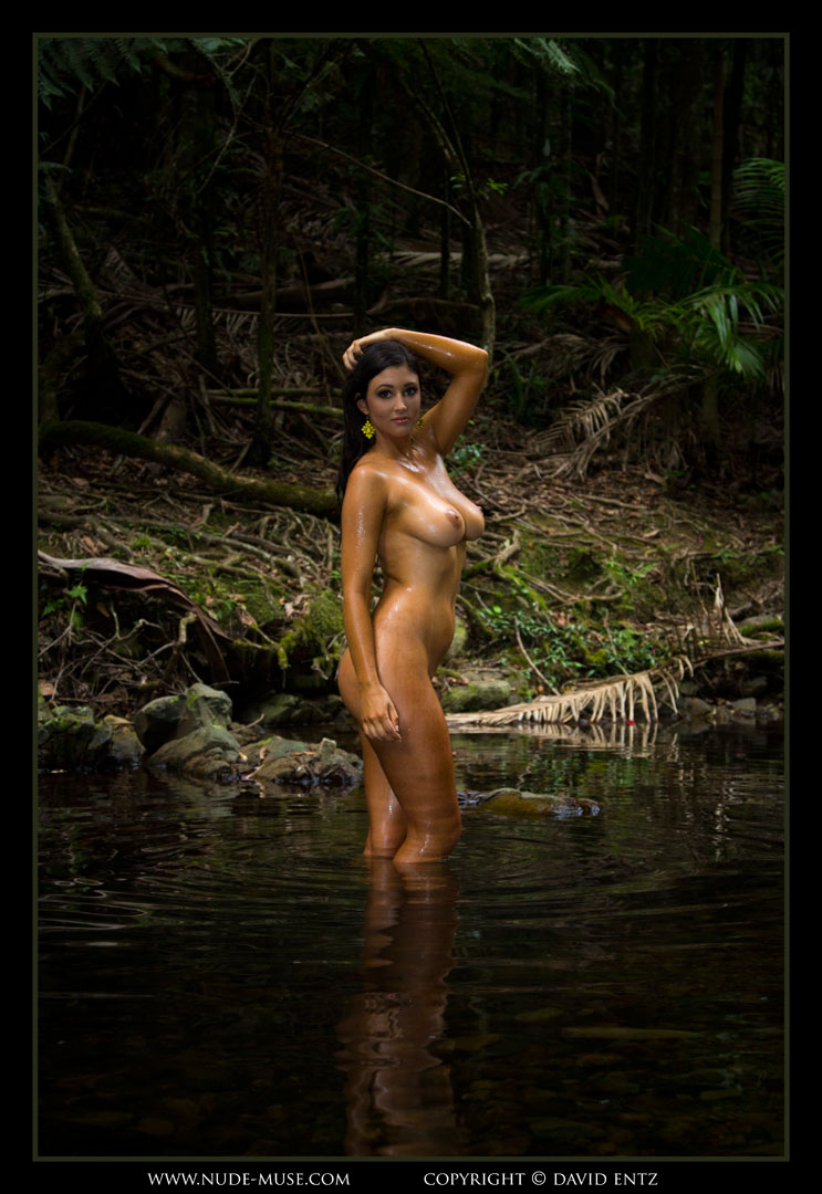 nude-muse_eden_waterhole032