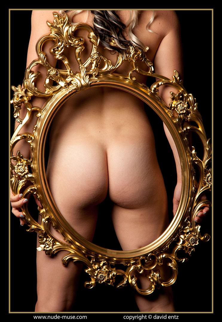 nude-muse_harper_golden047