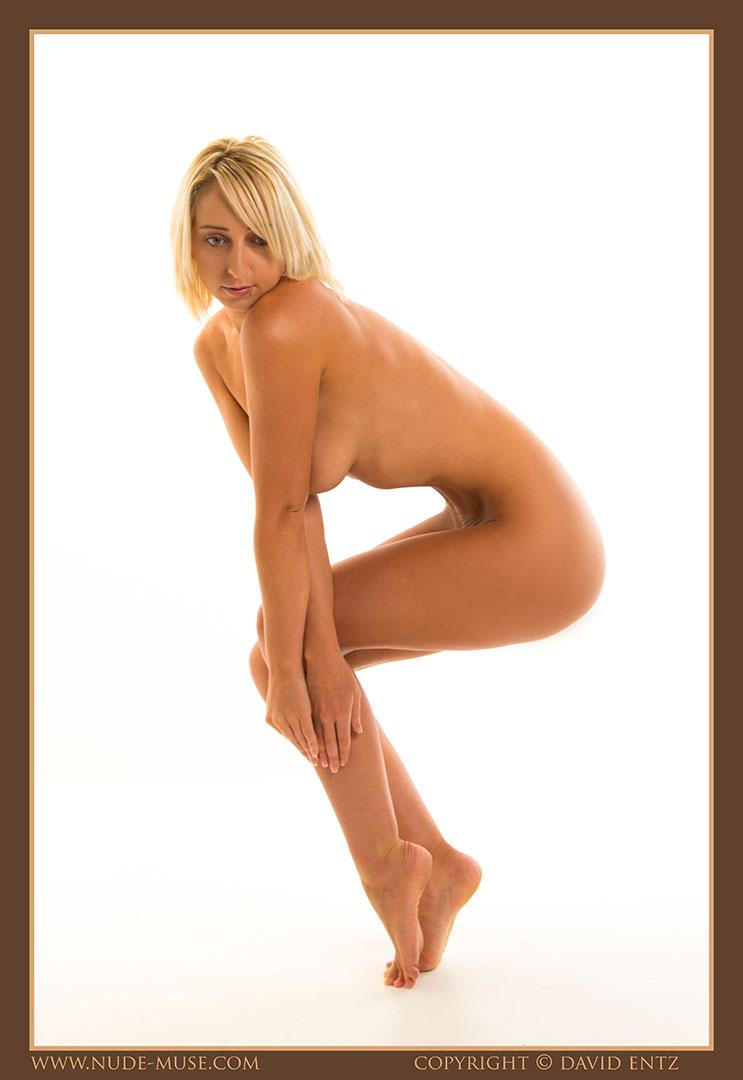 nude-muse_lia_nudity013