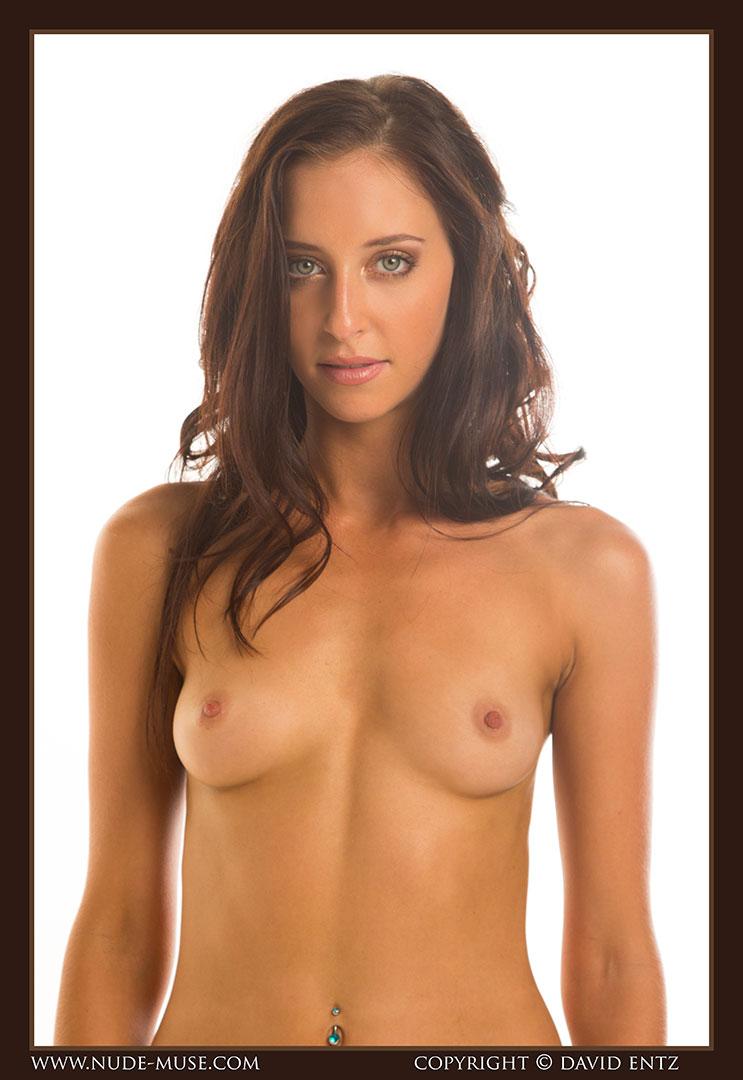 nude-muse_stephanie_nude_body005