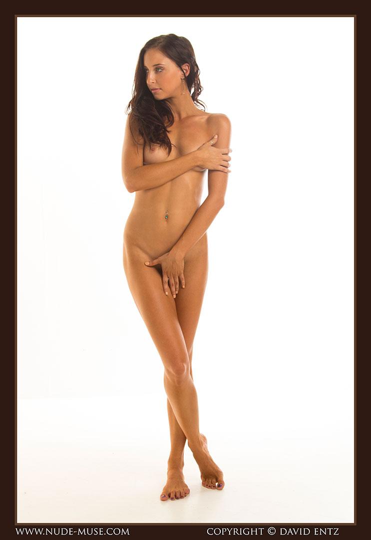 nude-muse_stephanie_nude_body009
