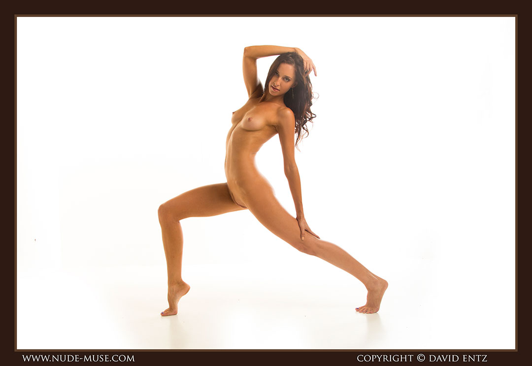 nude-muse_stephanie_nude_body015