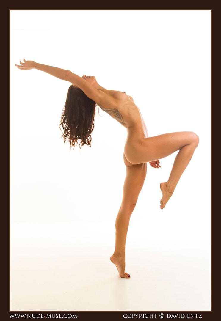 nude-muse_stephanie_nude_body020