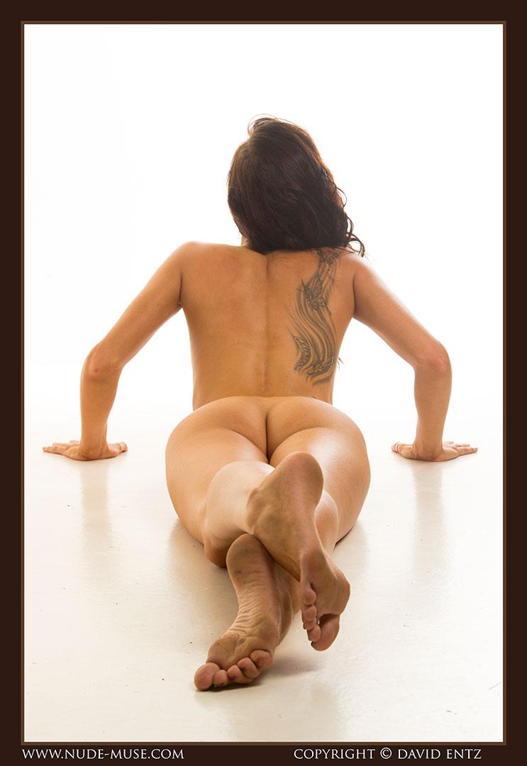 nude-muse_stephanie_nude_body044