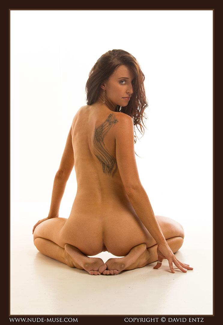 nude-muse_stephanie_nude_body068