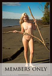 nude-muse_zoe_drifting_nude029m